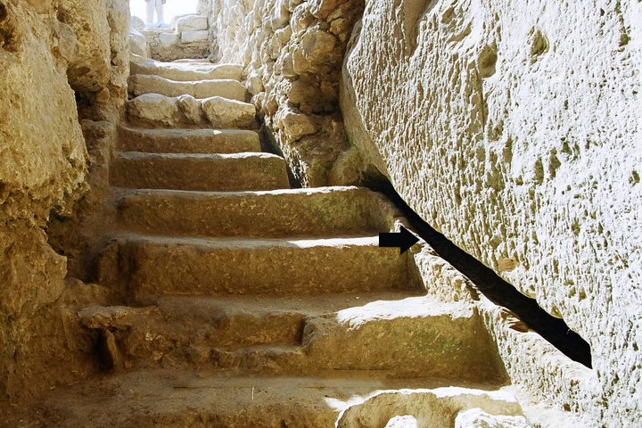 The Oil Press and Jewish Ritual Bath Complex - Beit Lehi